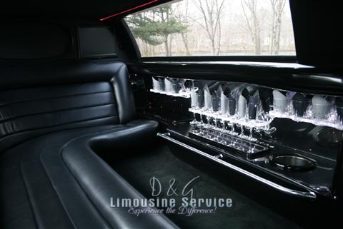 Lincoln Continental Stretch Limo NJ - Black